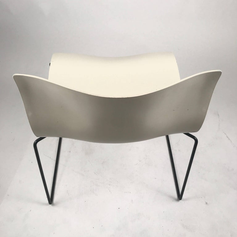 Post-Modern Knoll Massimo Vignelli Handkerchief Stacking Chairs in Black & White 40 Avail For Sale