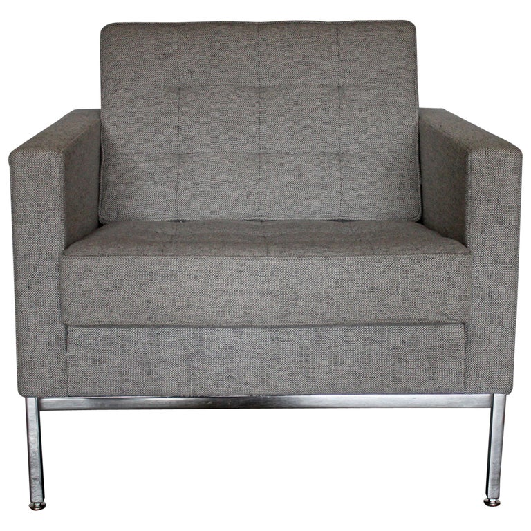 """Knoll Studio """"Florence Knoll"""" Lounge Armchair in Mid-Grey Wool For Sale"""