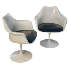 Knoll Tulip Eero Saarinen, Pair of Armchairs