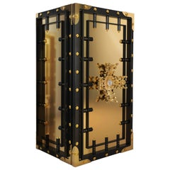 Knox Luxury Safe in Black with Brass and Lacquered Wood