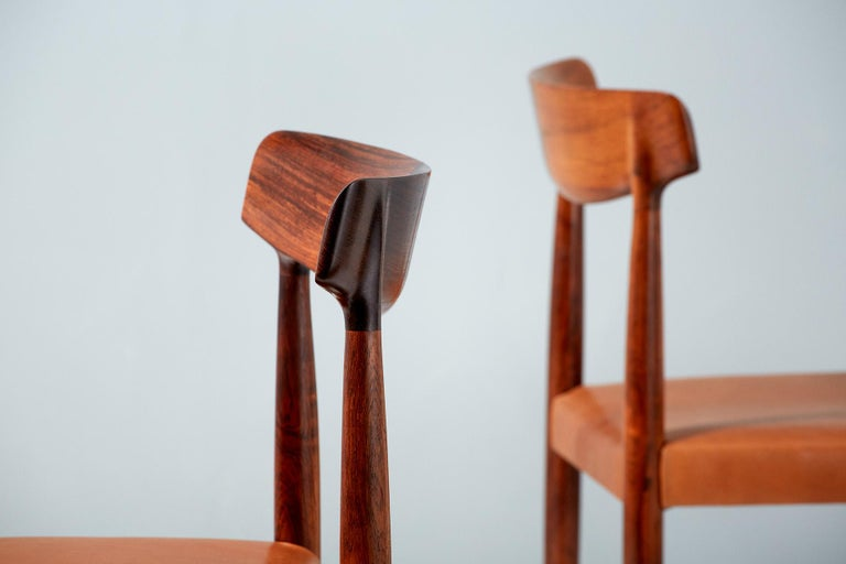 Knud Faerch Set of 8 Model 343 Dining Chairs, Rosewood and Leather For Sale 4