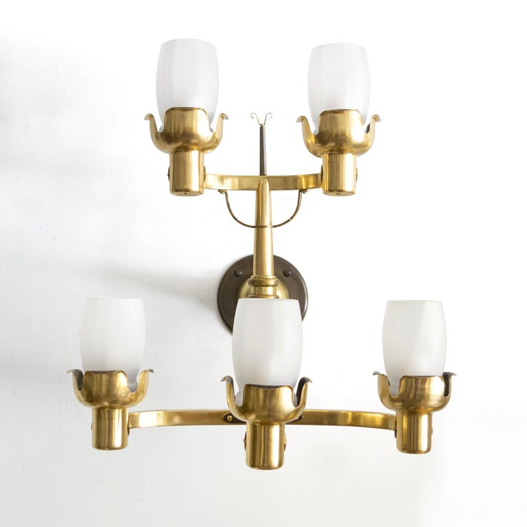 KNUT HALLGREN , BOHLMARKS Scandinavian Modern Large BRASS 5-ARM SCONCES In Good Condition For Sale In New York, NY