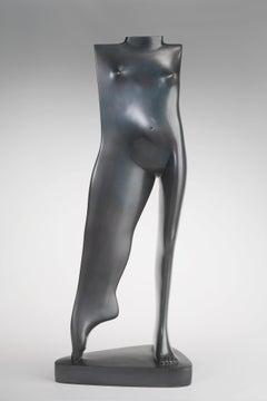 Torse Debout de Jeune Femme Bronze Sculpture In Stock