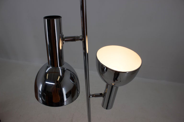 Chrome Koch & Lowy Style Floor Lamp with Two Shades, Germany, 1970s For Sale