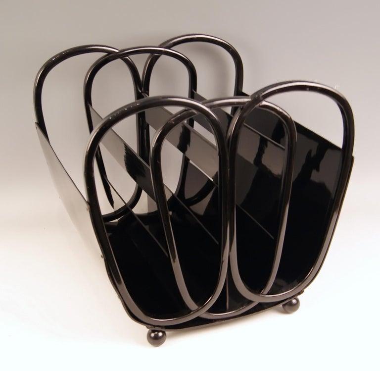 Austrian Kohn Magazine Rack Bentwood Plywood Black, Kolo Moser Nr. 1070, circa 1901-1905 For Sale