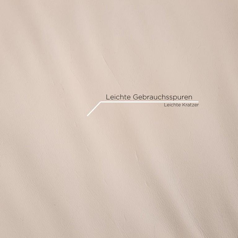Koinor Vittoria Leather Sofa Cream Two-Seat Couch In Good Condition In Cologne, DE
