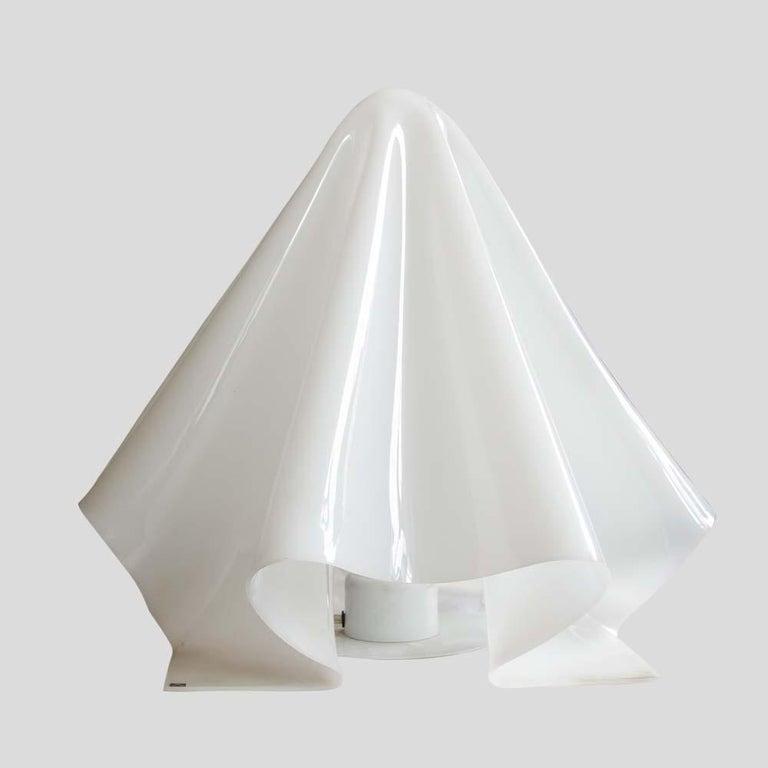 Koko Ghost Lamp Japanese Design by Shiro Kuramata for Yamagiwa White Acrilic In Good Condition For Sale In London, GB