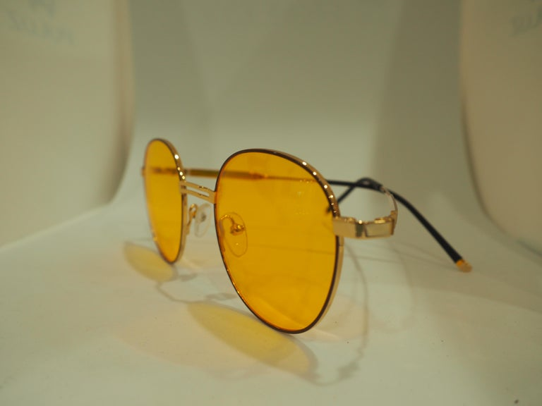 Women's or Men's Kommafa orange sunglasses For Sale