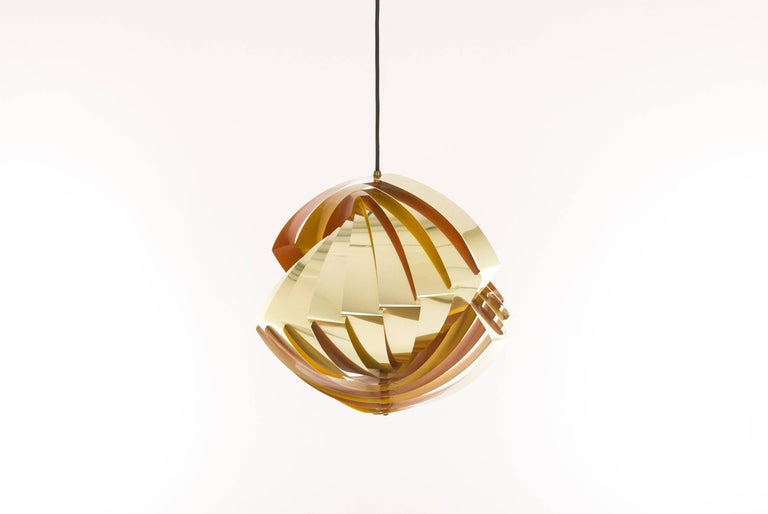 Mid-Century Modern Konkylie Metal Pendant in Gold and Orange by Louis Weisdorf for Lyfa, 1960s For Sale