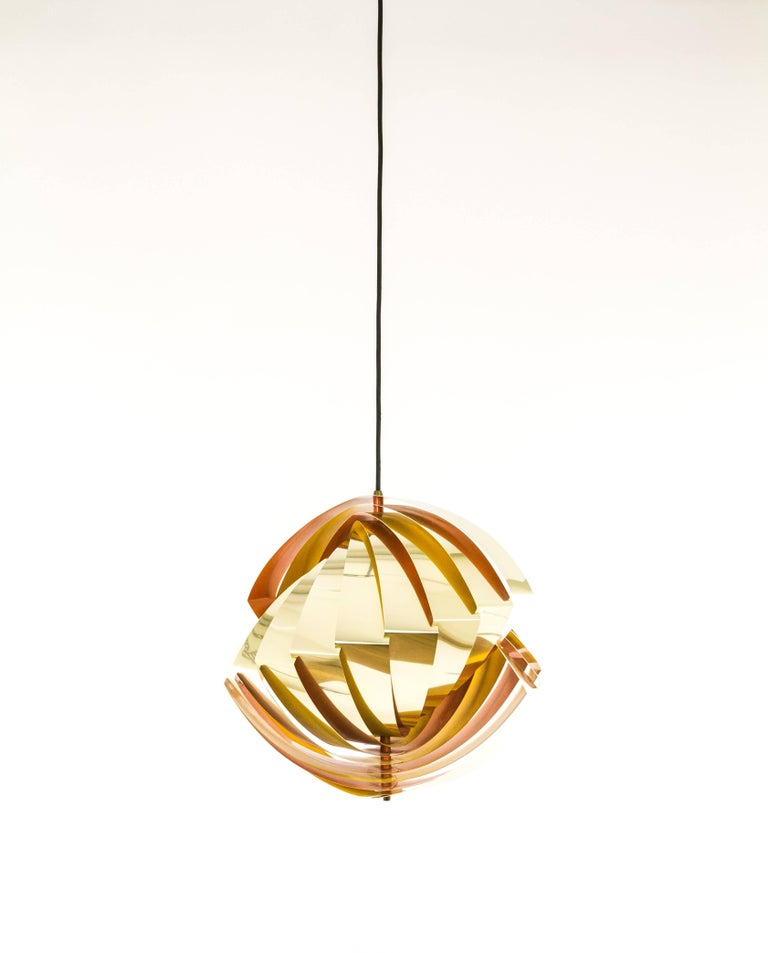 Mid-20th Century Konkylie Metal Pendant in Gold and Orange by Louis Weisdorf for Lyfa, 1960s For Sale