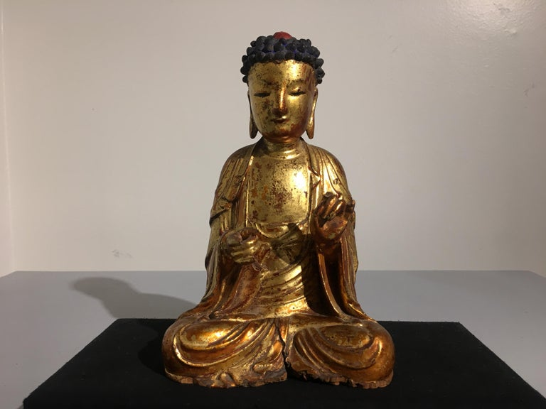 Korean Carved and Giltwood Buddha, Joseon Dynasty, 19th Century For Sale 1