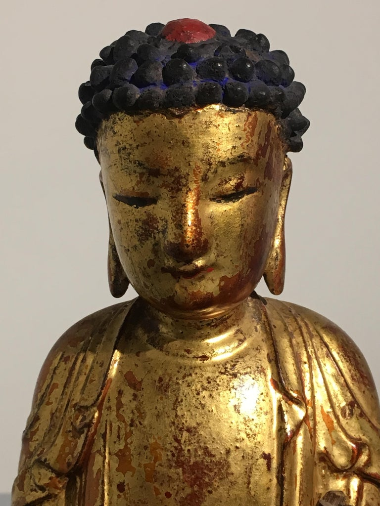 Korean Carved and Giltwood Buddha, Joseon Dynasty, 19th Century For Sale 2