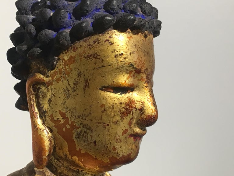 Korean Carved and Giltwood Buddha, Joseon Dynasty, 19th Century For Sale 3