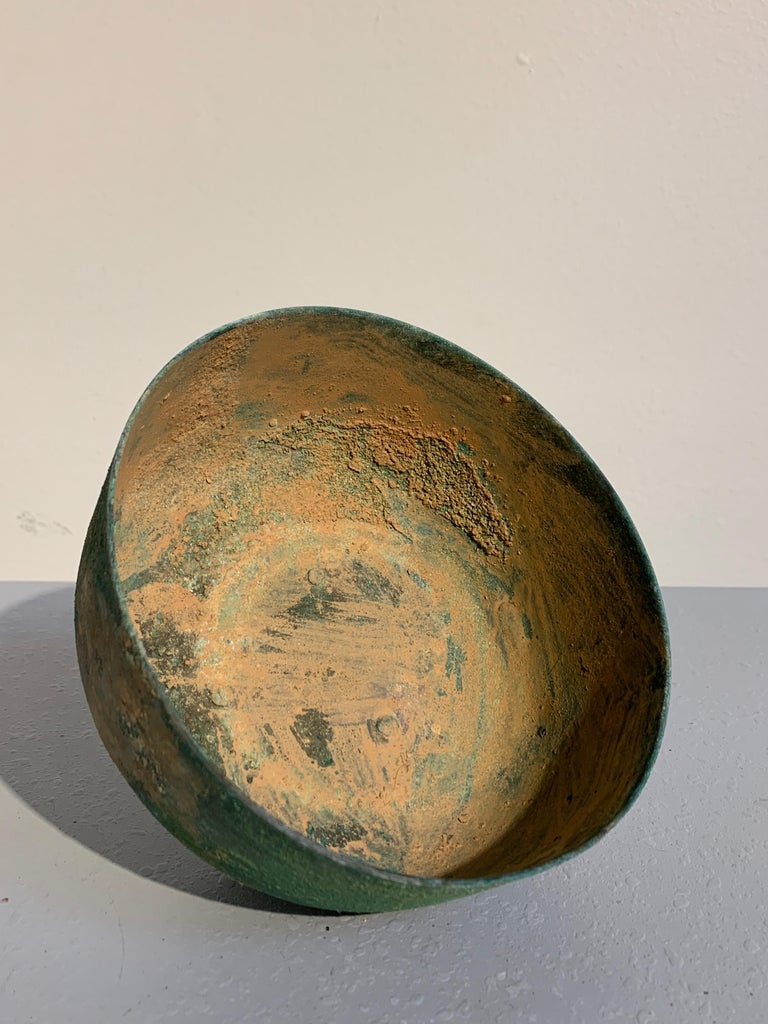 Korean Goryeo Dynasty Bronze Bowl and Cover with Green Patina, 13th Century For Sale 5