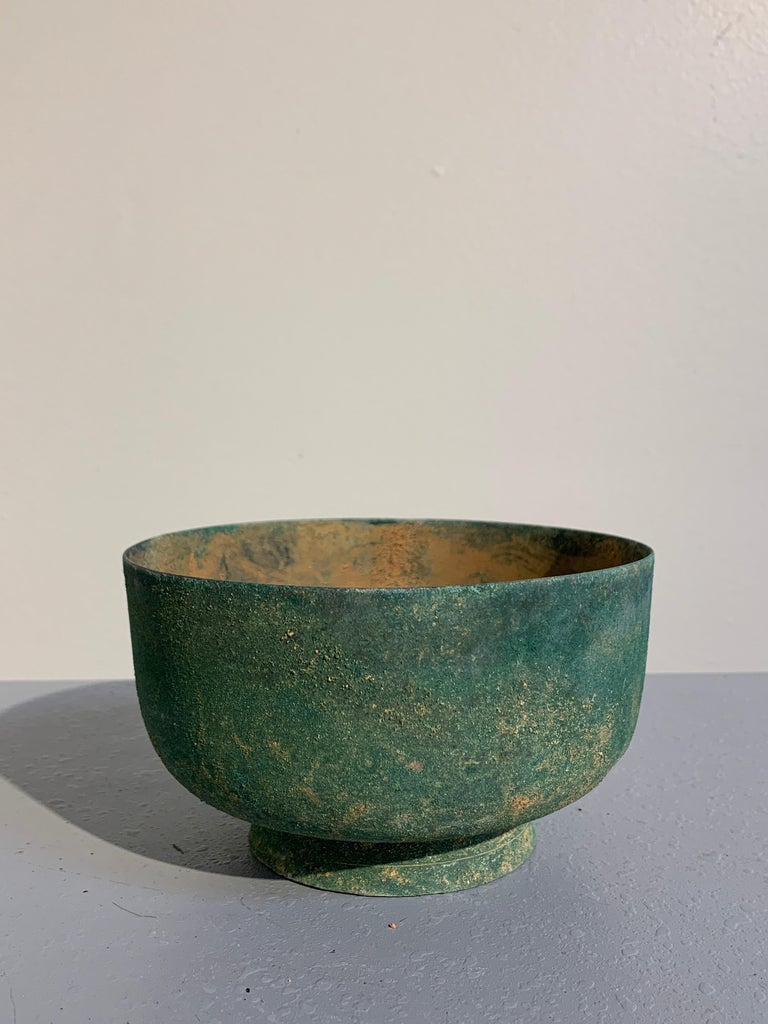 18th Century and Earlier Korean Goryeo Dynasty Bronze Bowl and Cover with Green Patina, 13th Century For Sale