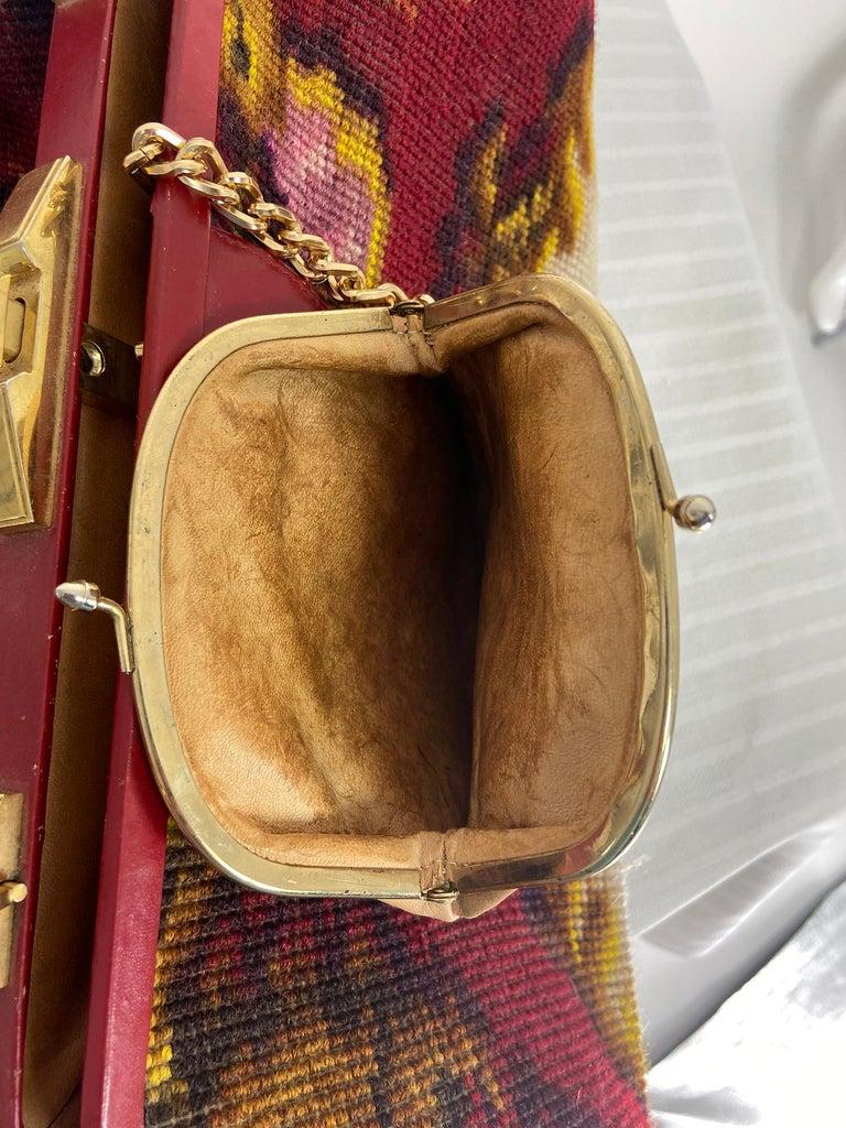 Koret Roses Frame Carpet Bag Rare 1960s Leather Interior Handbag For Sale 6