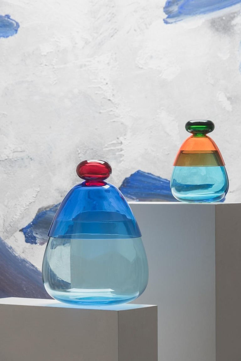 Hand-Crafted Kount Large vase in Murano Glass by Karim Rashid For Sale