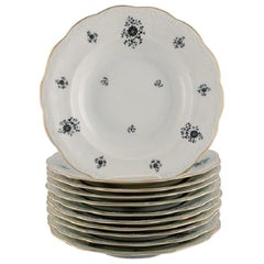 KPM, Berlin, 11 Rubens Deep Plates in Porcelain with Floral Motifs, 1940s