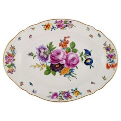 KPM, Berlin, Large Antique Dish in Hand Painted Porcelain with Floral Motifs