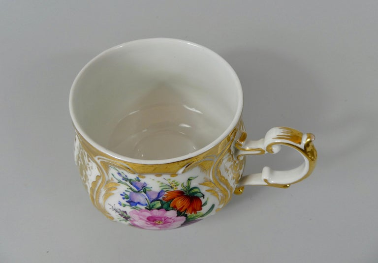 KPM Berlin Porcelain Chocolate Cup, Cover and Stand, circa 1860 7