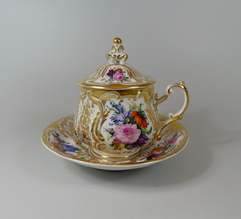 KPM Berlin Porcelain Chocolate Cup, Cover and Stand, circa 1860 In Good Condition In Gargrave, North Yorkshire