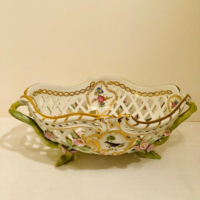 KPM Openwork Bowl with Raised Pink Flowers and Painted Birds on Both Sides For Sale 4