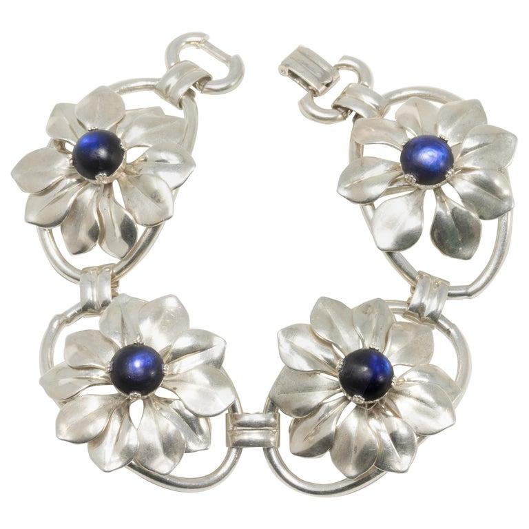 Kreisler Deep Blue Gemstone Sterling Silver Flower Link Bracelet, Foldover Clasp For Sale