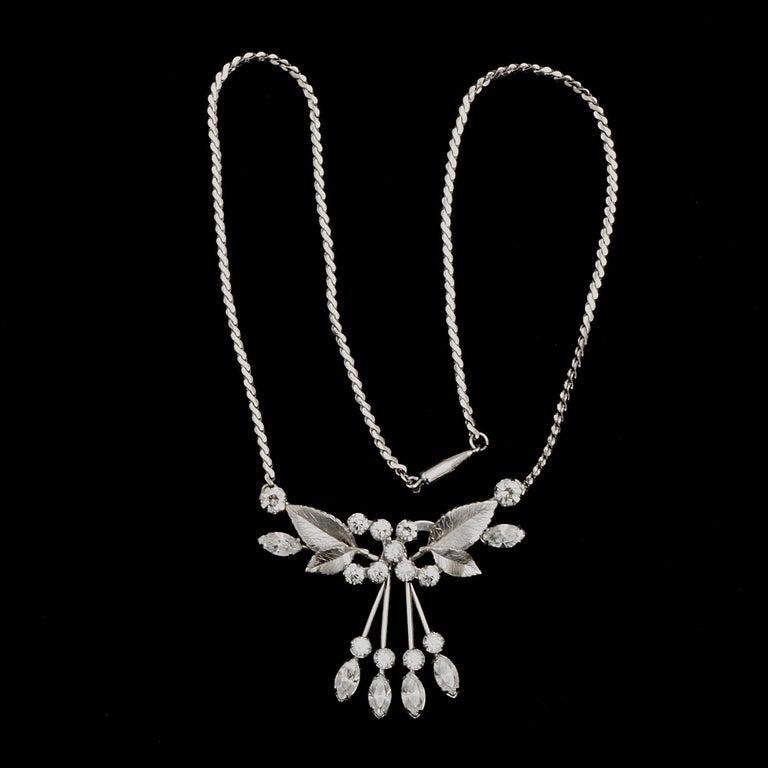 Krementz 14K White Gold Overlay Leaf Design Rhinestone Necklace and Earring Set For Sale 8