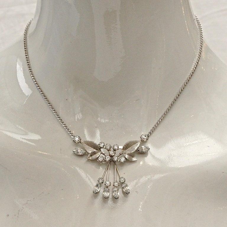 Krementz 14K White Gold Overlay Leaf Design Rhinestone Necklace and Earring Set For Sale 3