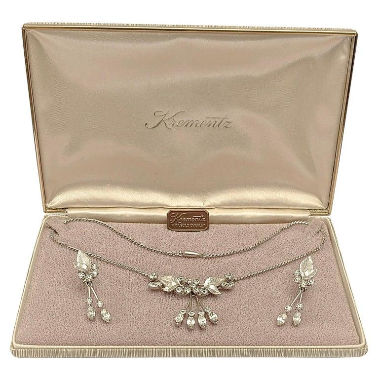 Krementz 14K White Gold Overlay Leaf Design Rhinestone Necklace and Earring Set For Sale