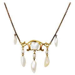 Krementz Art Nouveau Natural Freshwater Pearl 14 Karat Gold Drop Necklace