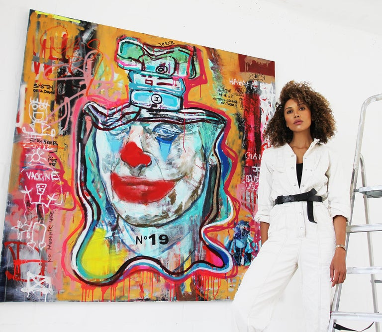 NR. 19 COVID JOKER - expressive, Joker, painting, Contemporary, Pop Art, Chanel - Painting by Kristin Kossi