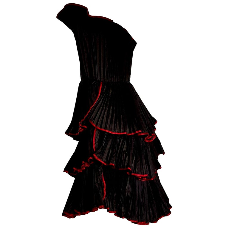 "KRIZIA ""New"" Haute Couture Black Flounced Pleated Silk Dress - Unworn For Sale"