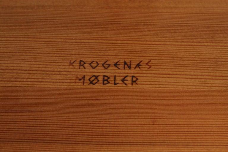 Krogenæs Møbler, Three Legged Stool, Sculpted Pine, circa 1950s, Norway 10