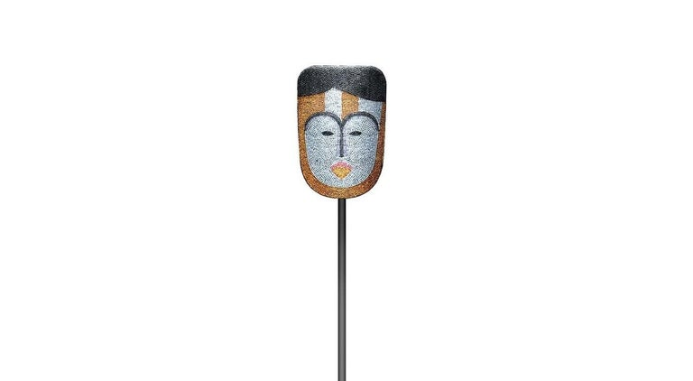 Kumi Tilla in Wonderland Mask with Stand In New Condition For Sale In Milan, IT