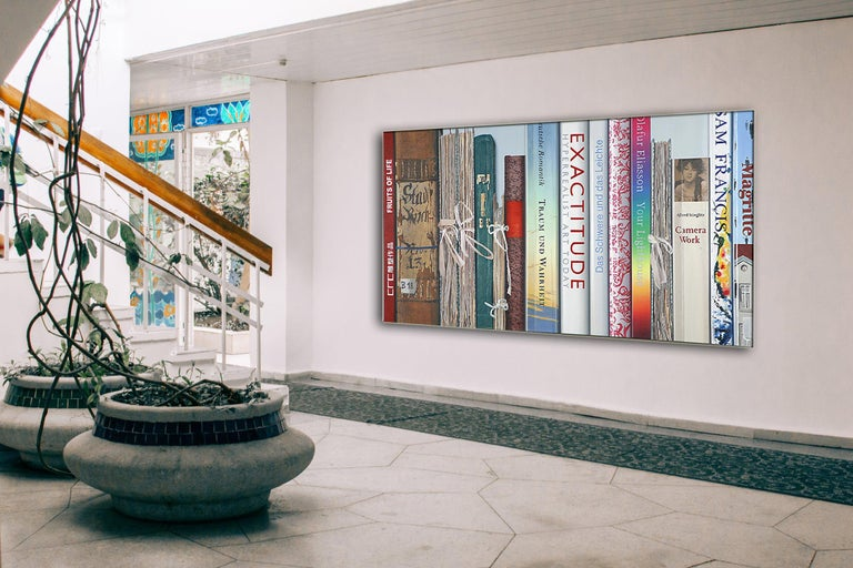 Book Collection Exactitude by Kuno Vollet - Hyperrealist, Contemporary Painting For Sale 2