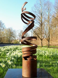 Dance Spiral by Kuno Vollet - Contemporary Rusted Steel sculpture for Outdoors