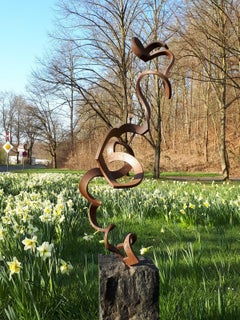 Dancing Spiral by Kuno Vollet - Contemporary Rusted Steel sculpture for Outdoors