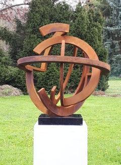 Infinite Steel by Kuno Vollet - Contemporary Circular Steel sculpture