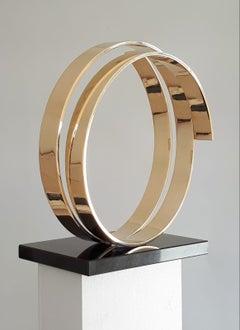 Infinity by Kuno Vollet - Contemporary Circular Bronze sculpture