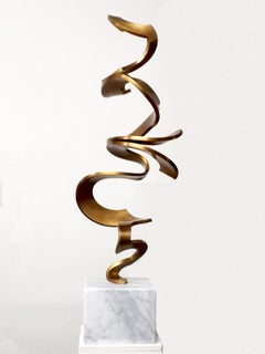 Schwerelos Gold by Kuno Vollet - Contemporary Golden bronze sculpture