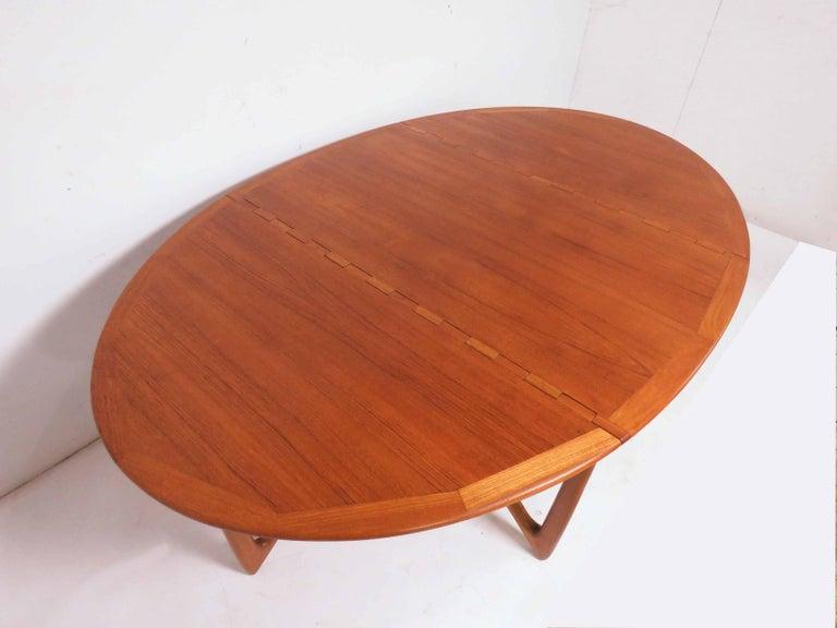 Scandinavian Modern Kurt Ostervig Danish Teak Gate Leg Drop-Leaf Oval Dining Table, circa 1960s For Sale
