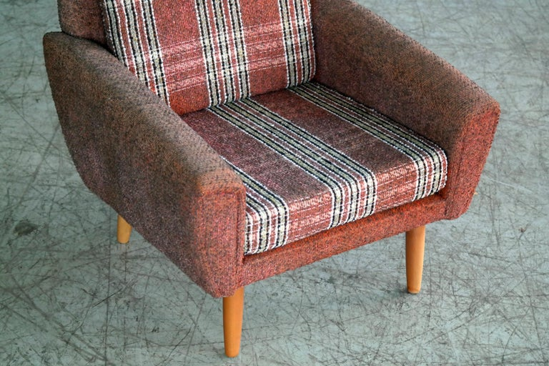 Kurt Ostervig Style Easy Lounge Chair Denmark 1960s Original Fabric In Good Condition For Sale In Bridgeport, CT