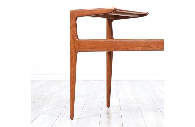 Kurt Østervig Sculpted Teak Side Tables for Jason Møbler For Sale 1