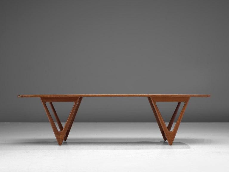 KurtØstervig 'Surfboard' Coffee Table in Teak In Good Condition For Sale In Waalwijk, NL