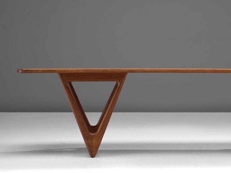 KurtØstervig 'Surfboard' Coffee Table in Teak For Sale 1