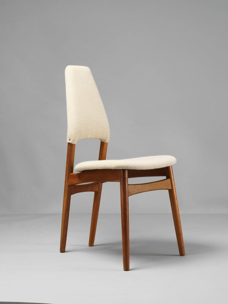 Danish Kurt Østervig, Six Dining Chairs, Oak Frame and Light Beige Fabric, Denmark For Sale