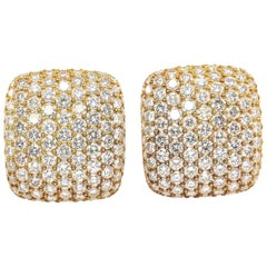 Kurt Wayne 17 Carat Diamond and Gold Pavé Earrings