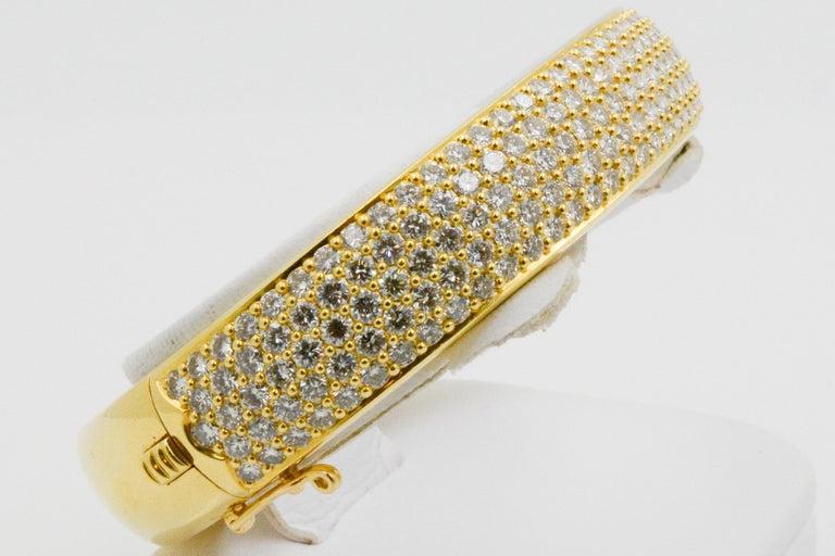 Modern Kurt Wayne 18 Karat Yellow Gold and Pave Diamond Bangle For Sale