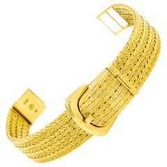 Kurz Mid-20th Century Covered Yellow Gold Buckle Ladies Wristwatch Bracelet